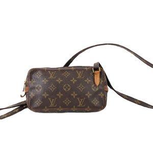 Louis Vuitton Pochette Monogram Bandouliere Bag